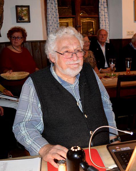 Werner Hellmuth aus Siegsdorf erzählte aus dem Leben von Max Fürst. Foto Pültz